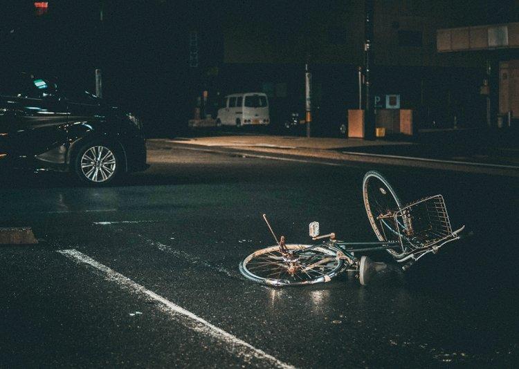 Brescia, andare in bici fa bene ma è pericoloso