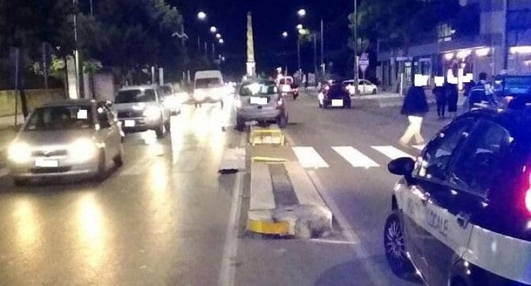 Insidie stradali a Lecce. L'orrore di viale Calasso: incidenti a gogo, pedoni a rischio