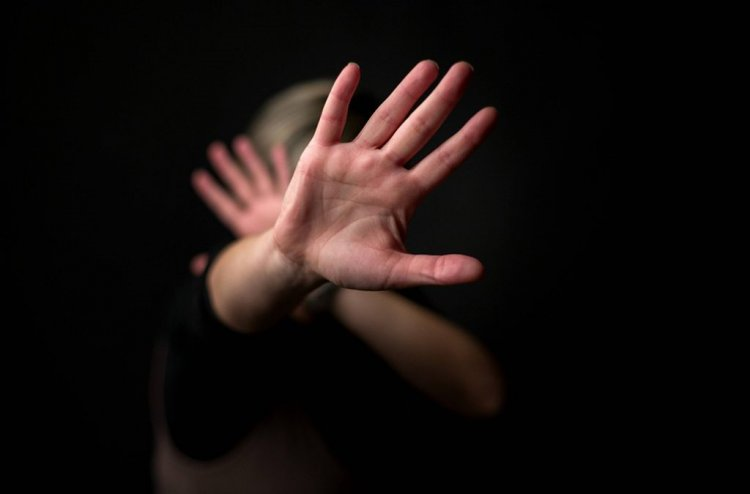 Badante stupra e uccide 92enne
