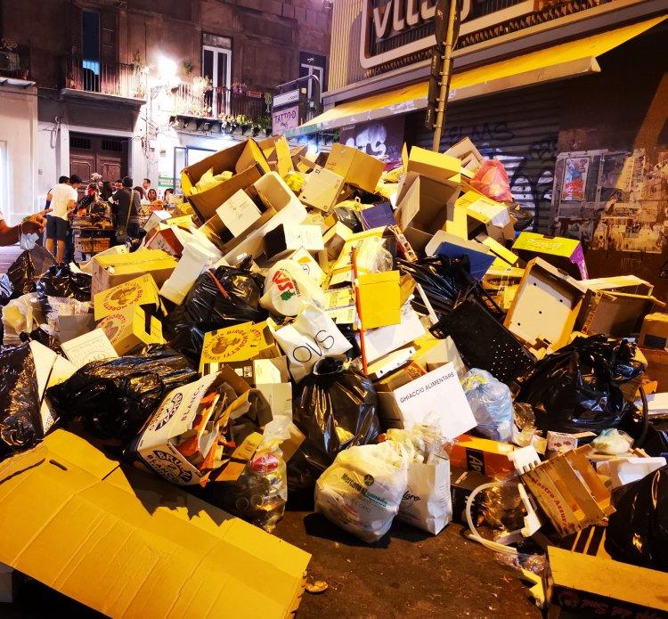 Gelarda-Pitarresi: Festino tra i rifiuti,Vergogna in via Maqueda