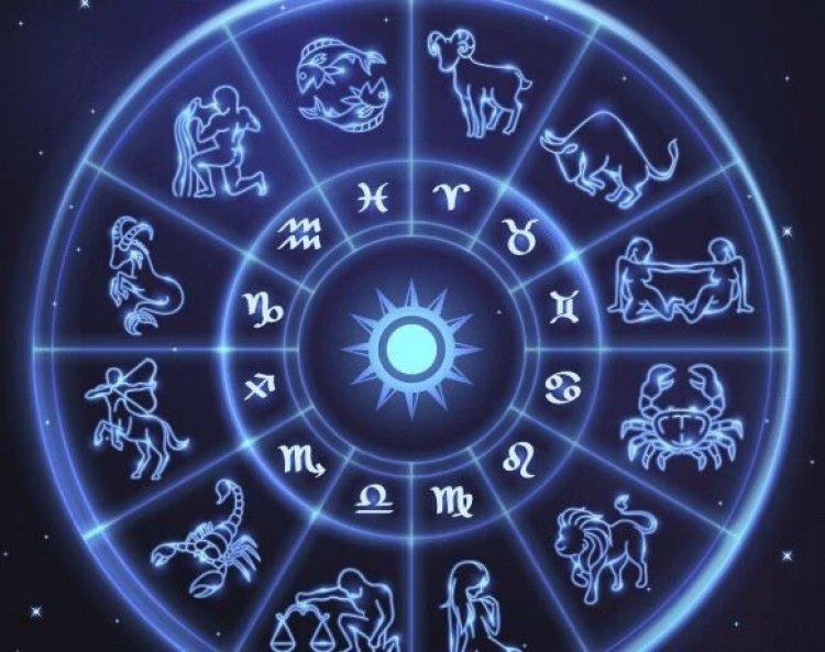 Ecco a voi l'oroscopo di Mago Antheus
