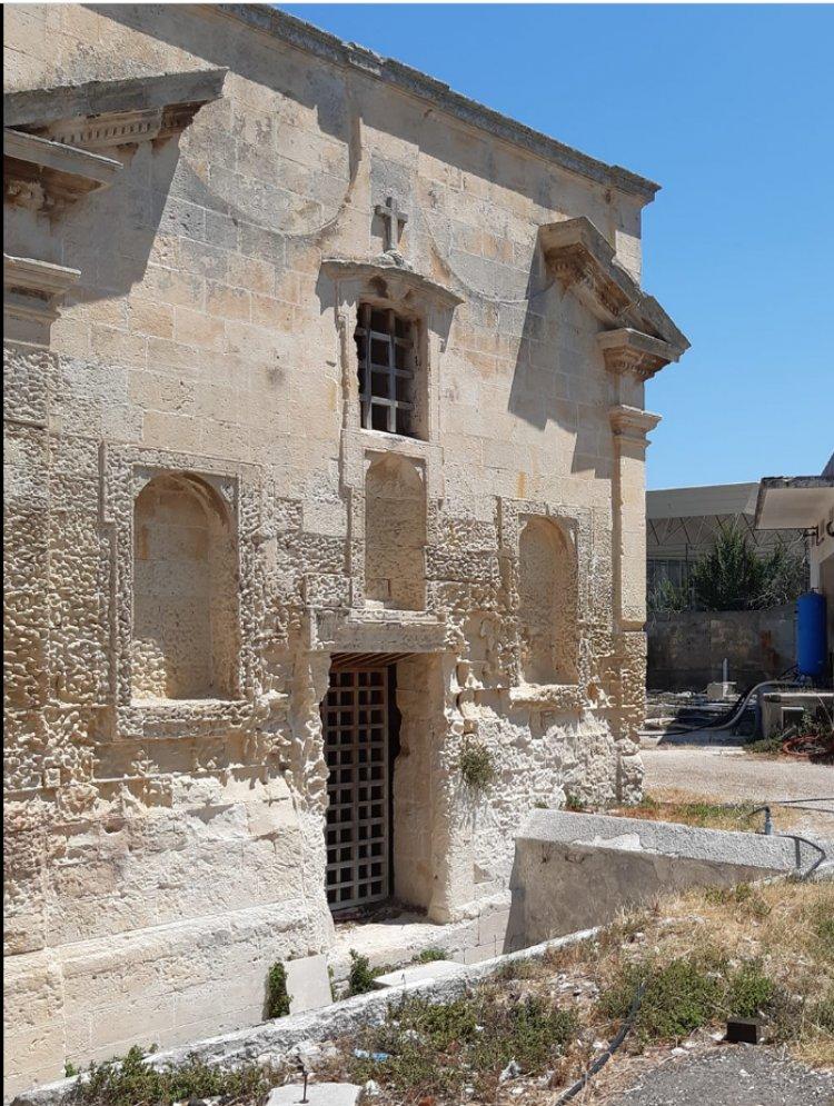 """""""Salviamo l'ex Cappella della Madonna del Latte"""", l'appello per salvare la chiesetta di Lecce"""