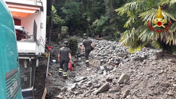Cocquio Trevisago (Va). Maltempo frana, evacuata intera abitazione.
