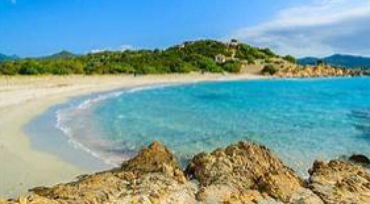 Sardegna. Turisti rispettate questa meravigliosa isola