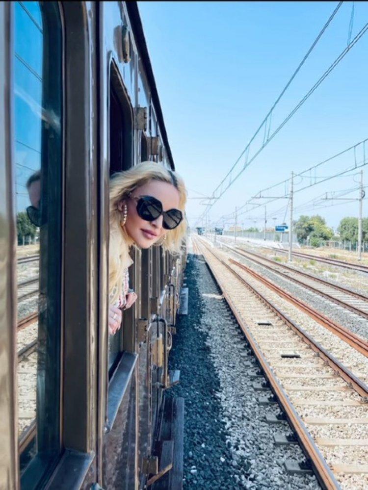 Madonna, lascia l'Italia a bordo di un treno storico